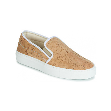 Dream in Green JAKAMORI women's Slip-ons (Shoes) in Beige