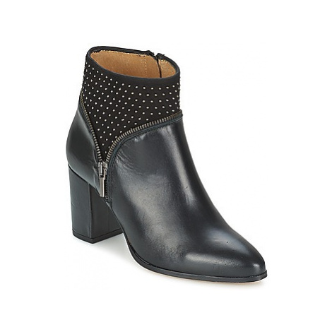 Fericelli ANTILLO women's Low Ankle Boots in Black
