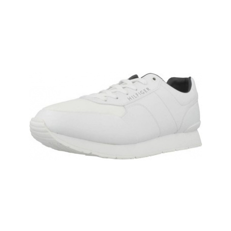 Tommy Hilfiger FM0FM02057 men's Shoes (Trainers) in White
