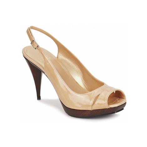 Stuart Weitzman ARAGON women's Sandals in Beige