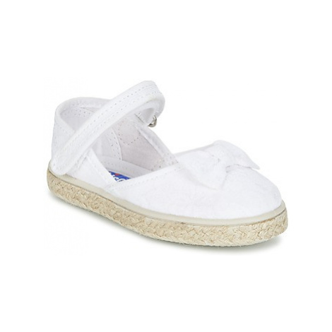 Chicco MAGDA girls's Children's Espadrilles / Casual Shoes in White