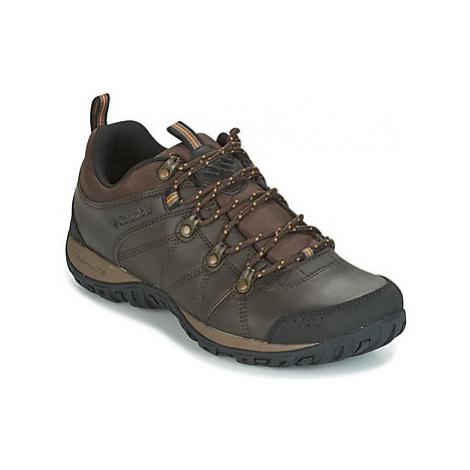 Columbia PEAKFREAK VENTURE WATERPROOF men's Sports Trainers (Shoes) in Brown