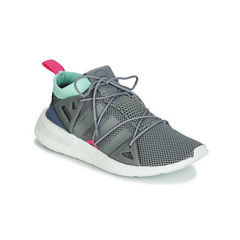 Adidas ARKYN W women's Shoes (Trainers) in Blue