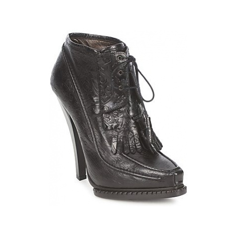 Roberto Cavalli QDS640-PZ030 women's Low Ankle Boots in Black