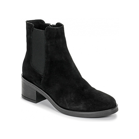 Casual Attitude LILOO women's Low Ankle Boots in Black