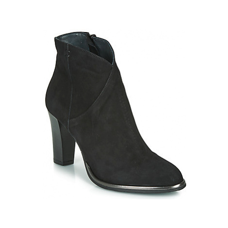 Myma PLOUTAS women's Low Ankle Boots in Black
