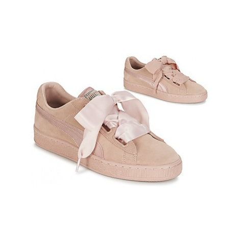 Puma W SUEDE HEART EP women's Shoes (Trainers) in Pink