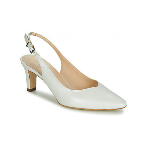 Peter Kaiser MEDANA women's Court Shoes in White