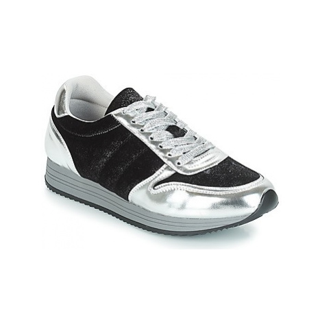 Chattawak CESENA women's Shoes (Trainers) in Black