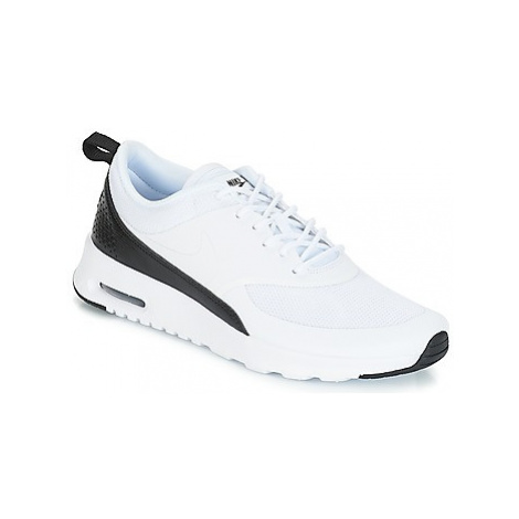 Nike AIR MAX THEA W women's Shoes (Trainers) in White