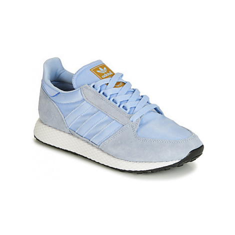 Adidas FOREST GROVE W women's Shoes (Trainers) in Blue