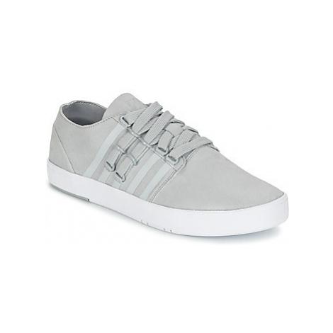 K-Swiss D R CINCH LO men's Shoes (Trainers) in Grey