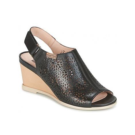 Pikolinos VIGO W3R women's Sandals in Black