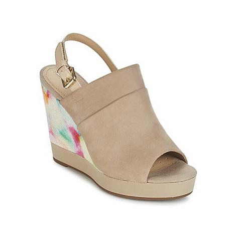 Geox JANIRA E women's Sandals in Beige