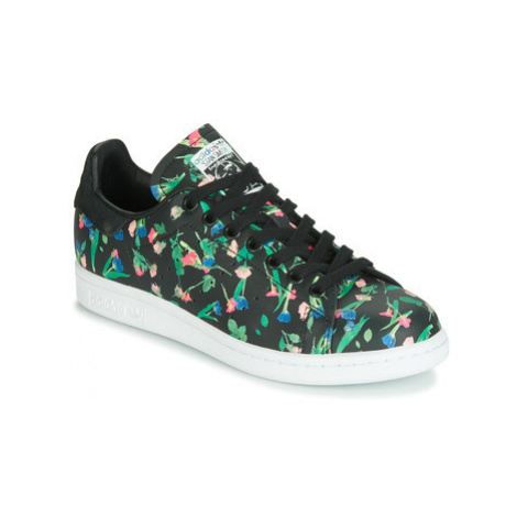 Adidas STAN SMITH W women's Shoes (Trainers) in Black