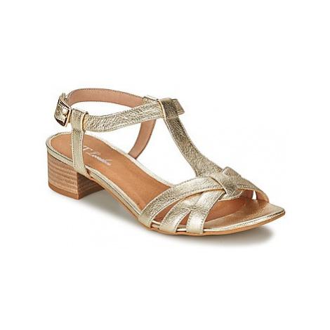 Betty London METISSA women's Sandals in Gold
