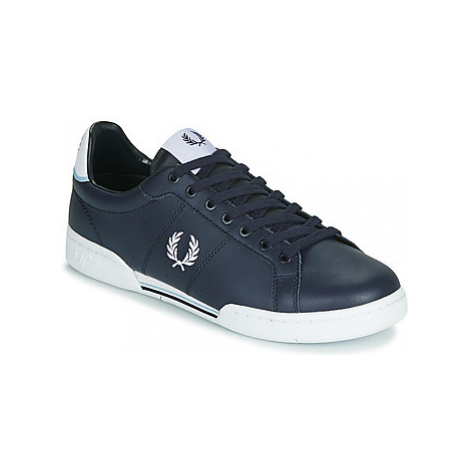 Fred Perry B722 LEATHER men's Shoes (Trainers) in Blue