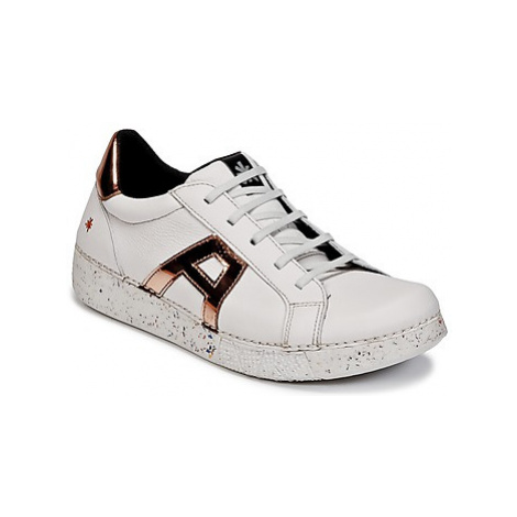 Art I EXPRESS men's Shoes (Trainers) in White