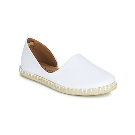Casual Attitude JALAYIVE women's Espadrilles / Casual Shoes in White