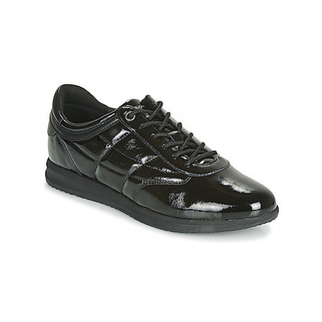 Geox D AVERY women's Shoes (Trainers) in Black