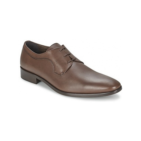 So Size ORLANDO men's Casual Shoes in Brown