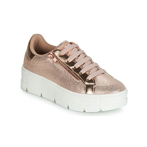 Xti 48099 women's Shoes (Trainers) in Pink