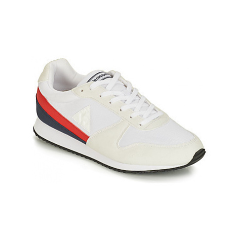 Le Coq Sportif ALPHA II men's Shoes (Trainers) in White