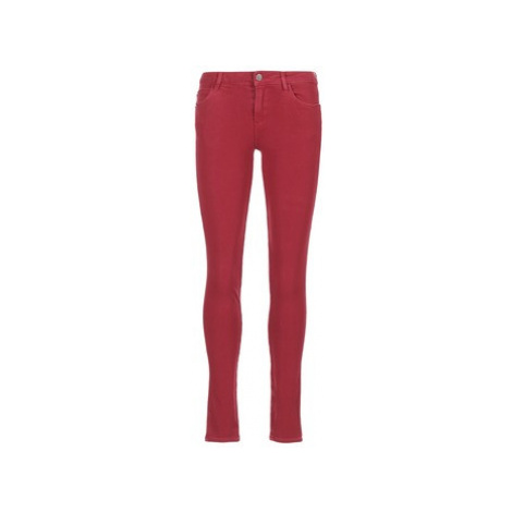 Guess SANSOPO women's Skinny Jeans in Red