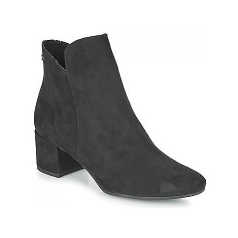 Tamaris CIKA women's Low Ankle Boots in Black