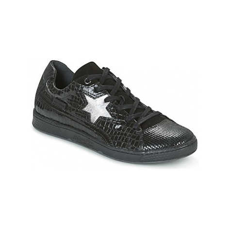 Pataugas JOIA women's Shoes (Trainers) in Black