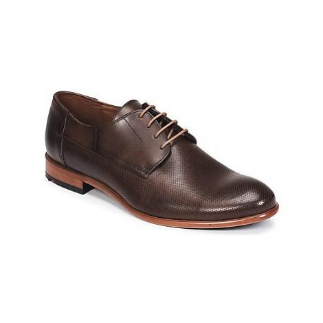 Lloyd NAPIR men's Casual Shoes in Brown