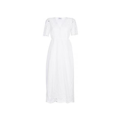 Betty London KATARELLE women's Long Dress in White