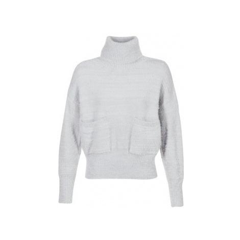 Betty London HUPPINE women's Sweater in Grey