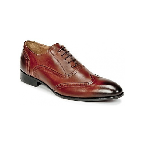 Carlington HOYO men's Smart / Formal Shoes in Brown