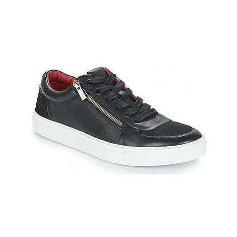 HUGO FUTURISM TENN NAMS men's Shoes (Trainers) in Black Hugo Boss