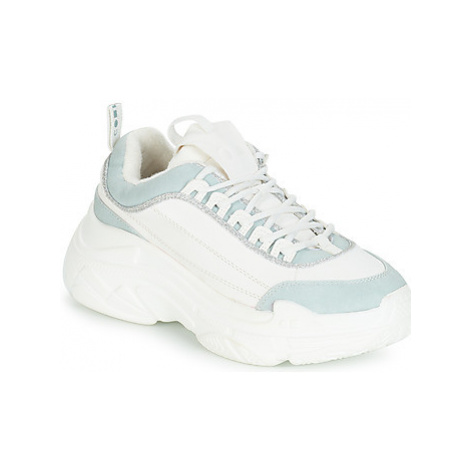 Coolway SHILAR women's Shoes (Trainers) in White