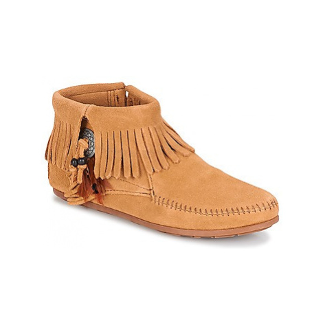 Minnetonka CONCHO FEATHER SIDE ZIP BOOT women's Mid Boots in Brown