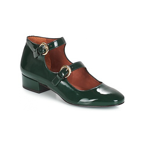 André GABIE women's Court Shoes in Green