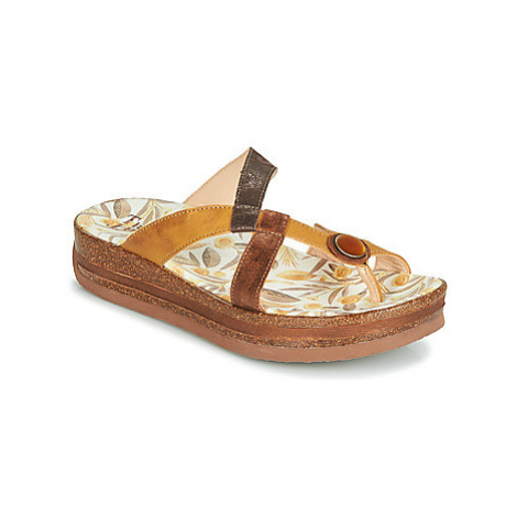 Think BOLTA women's Mules / Casual Shoes in Yellow