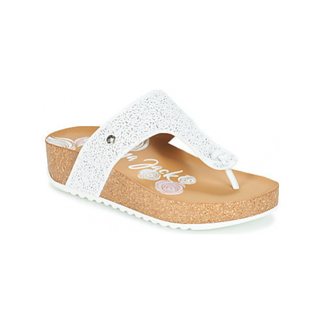 Panama Jack QUINOA women's Flip flops / Sandals (Shoes) in White