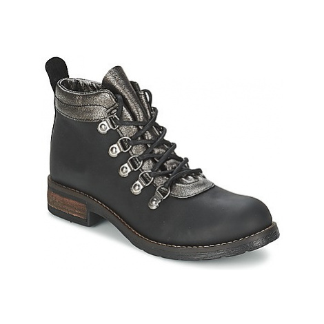 Casual Attitude MIZATTE women's Mid Boots in Black