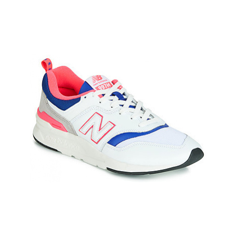 New Balance CM997 women's Shoes (Trainers) in White