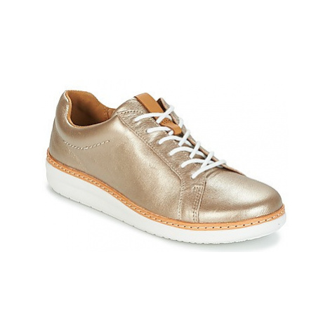 Clarks AMBERLEE ROSA women's Shoes (Trainers) in Gold