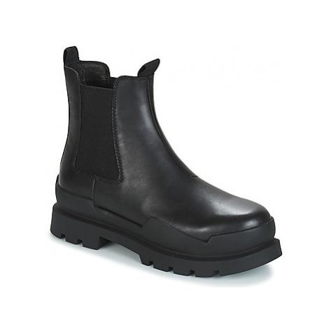 Black women's chelsea boots