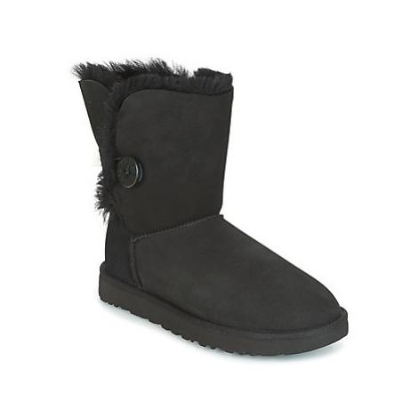 Black women's snug boots