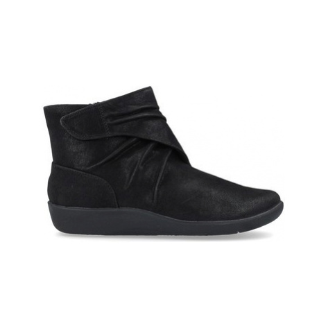 Clarks Sillian Tana Women's Ankle Boots women's Low Ankle Boots in Black
