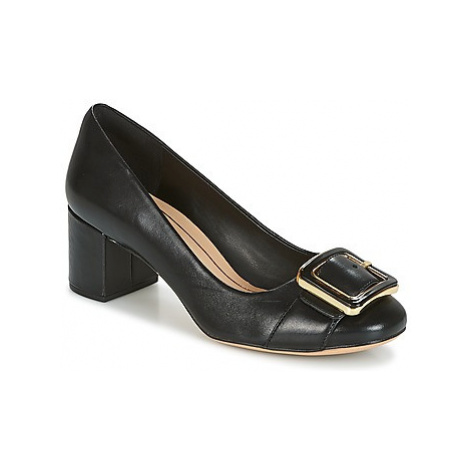 Clarks ORABELLA FAME women's Court Shoes in Black