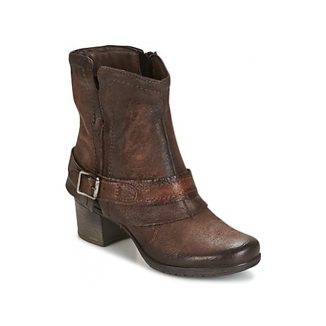 Dream in Green VINEL women's Low Ankle Boots in Brown