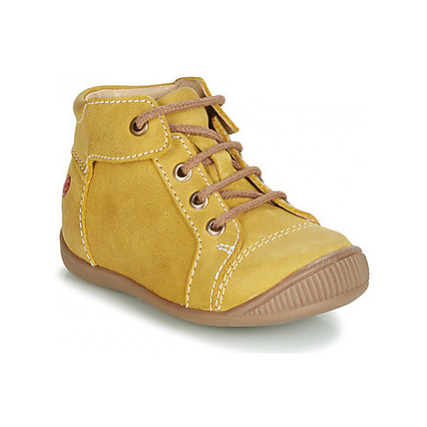 GBB PARGA boys's Children's Shoes (High-top Trainers) in Yellow