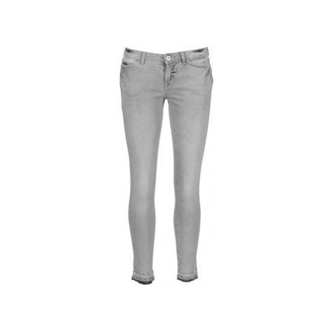 Vero Moda FLASH women's Cropped trousers in Grey